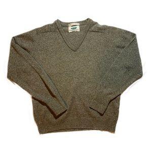 Vintage lambs wool sweater